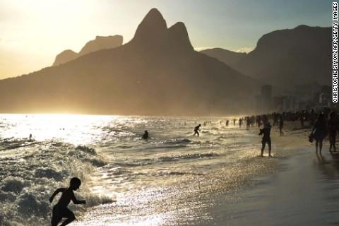 140728180702-city-beaches-6-ipanema-phone-gallery
